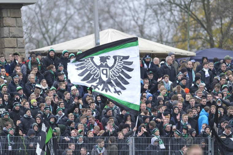 Preußen Fans in Dortmund (imago/osnapix)
