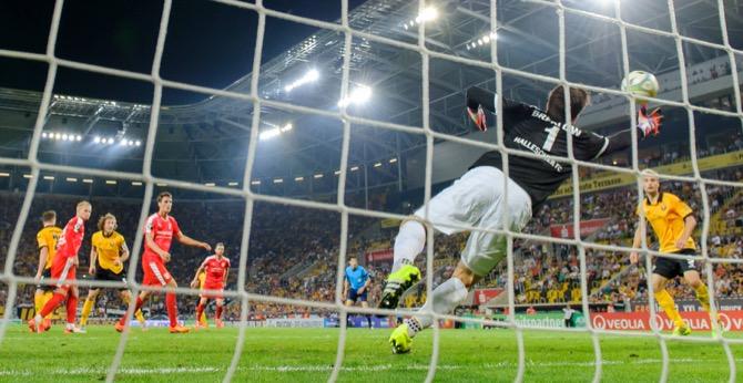 Dresden erobert Tabellenführung durch Schlussspurt zurück - Spielbericht