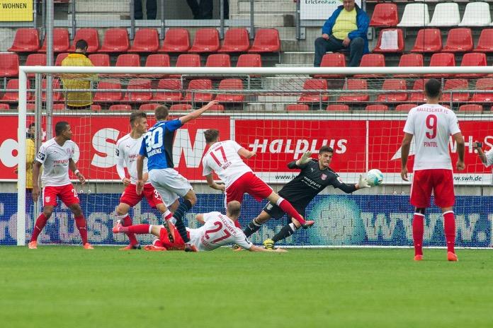 Frankfurt holt einen Punkt in Halle – Spielbericht