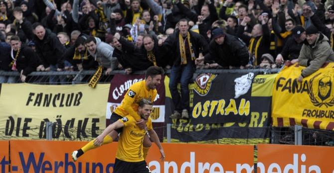 Dynamo feiert ersten Sieg 2015 - Spielbericht