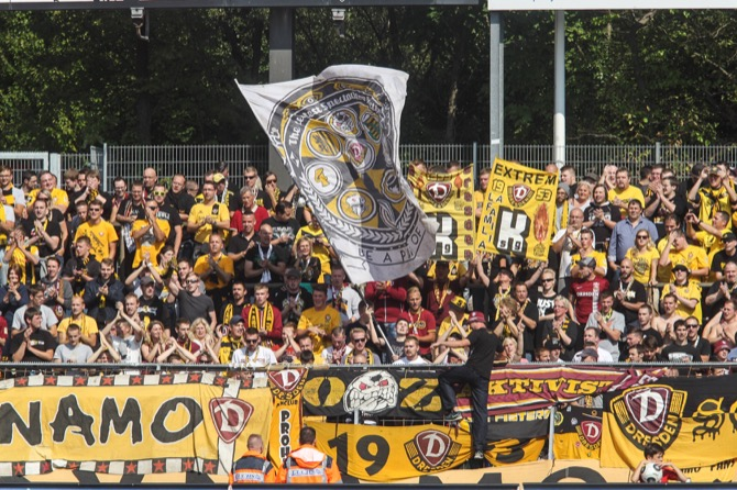 Dresden schießt Köln ab - Spielbericht