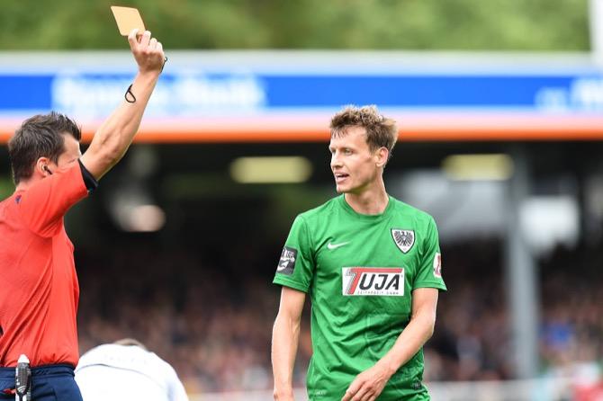 Münster erkämpft sich einen Punkt in Unterzahl - Spielbericht