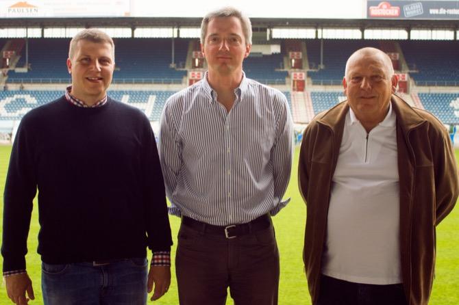 Vorstandsvorsitzender F.C. Hansa Rostock Michael Dahlmann, strategischer Partner Rolf Elgeti, Aufsichtsratsvorsitzender F.C. Hansa Rostock Harald Ahrens (v.l.)